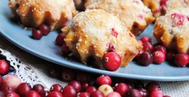 Muffins mit frischen Moosbeeren